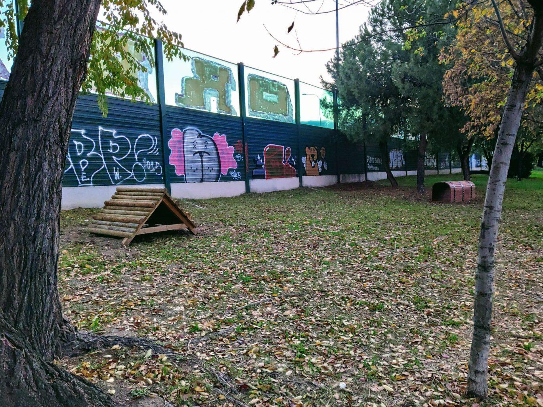 Área canina del barrio del Aeropuerto antes de ser desmontada